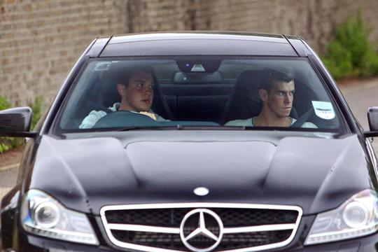 EXCLUSIVE Gareth Bale arrives at Tottenham Hotspur's training ground