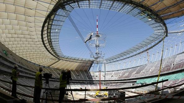 'General view of the construction site of Poland\'s National Stadium, built for Euro 2012, in Warsaw June 3, 2011. Poland\'s Prime Minister Donald Tusk on Thursday warned builders of flagship infrastr