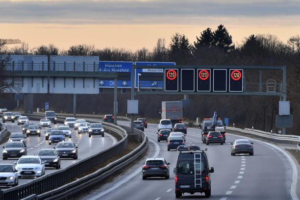 Tempoliwith on German highways.