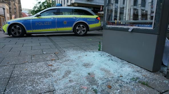 Riots and looting in Stuttgart