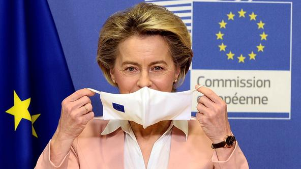 FILE PHOTO: European Commission President Von Der Leyen meets Moldova's President Sandu in Brussels