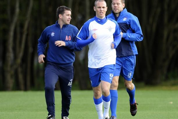 'Kenny Miller runs round the pitch at Murray Park during Rangers\' training session prior to their Champions League encounter with Valencia tomorrow evening at Ibrox Stadium, Glasgow, Scotland, Octobe