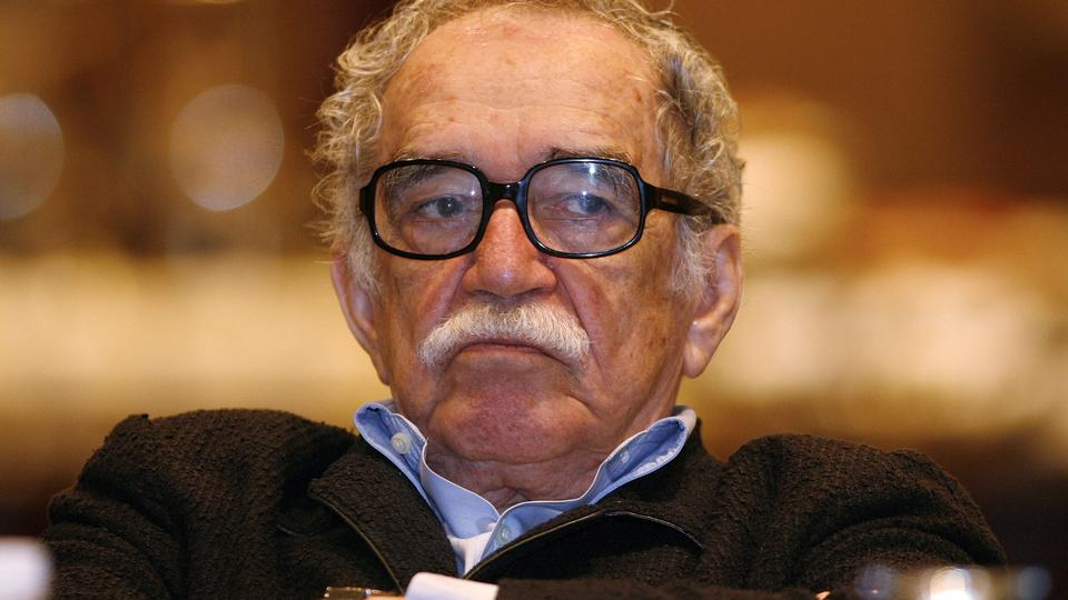 Nobel Prize winner Gabriel Garcia Marquez listens to a speech during a journalism seminar in Monterrey September 1, 2008. Marquez died on 17 April, 2014.  REUTERS/Tomas Bravo/Files (MEXICO - Tags: ENTERTAINMENT MEDIA PROFILE OBITUARY)