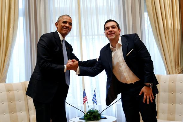 U.S. President Barack Obama shakes hands with Greek Prime Minister Alexis Tsipras during their meeting at Maximos Palace in Athens, Greece November 15, 2016.   REUTERS/Kevin Lamarque      TPX IMAGES OF THE DAY