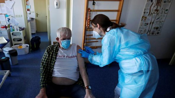 Members of a mobile COVID-19 vaccination team in Prague