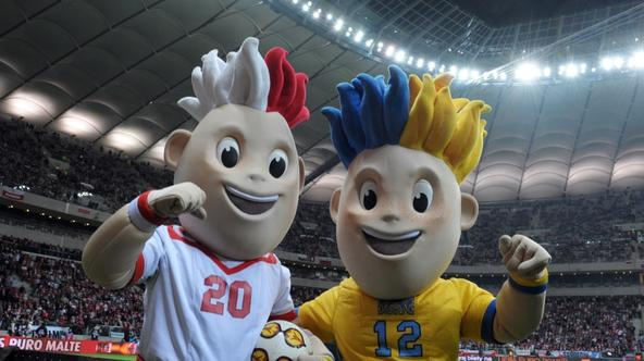 \'The mascot for the Euro-2012 football championships co-hosted by Poland and Ukraine, Slavek (L) and Slavko pose prior to the friendly football match Poland vs Portugal on February 29, 2012 in Warsaw