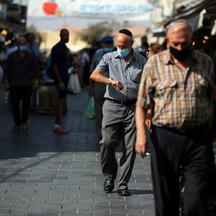 Israeli cabinet tightens coronavirus lockdown as infections climb