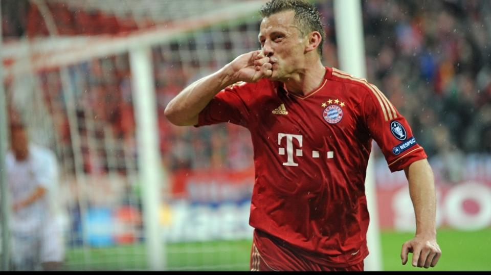 'Munich\'s Ivica Olic celebrates his 2:0 during the Champions League quarter final second leg soccer match between FC Bayern Munich and Olympique Marseille at the Allianz Arena in Munich, Germany, 03