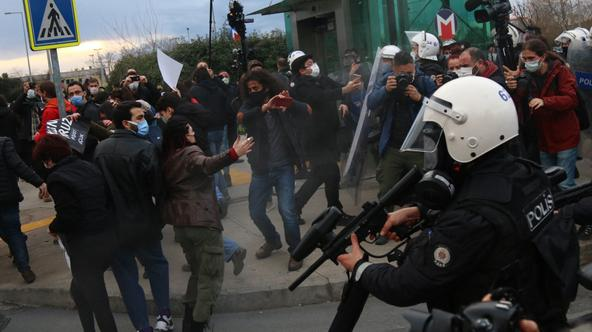 Riot Police Break Up Student Protest - Istanbul
