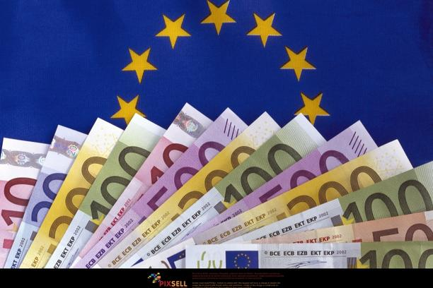 'A range of fanned-out Euro-banknotes (Ten-, twenty-, fifty-, hundred-, two hundred- and five hundred-euro notes) of the European Union lies on a blue background with yellow stars. Photo taken in 2006