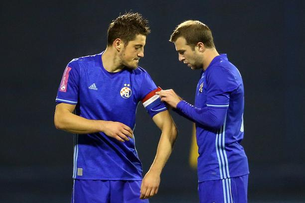 Ademi receives the captain's armband after entering the pitch; photo: Goran Stanzl/Pixsell