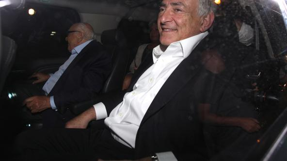 \'Dominique Strauss-Kahn with his wife Anne Sinclair and friends having dinner at the Italian restaurant Scalinatella in The Upper East Side few hours after he was released from house arrest in New Yo