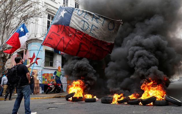 Protests against Chile's government during the coronavirus disease (COVID-19) pandemic in Valparaiso.