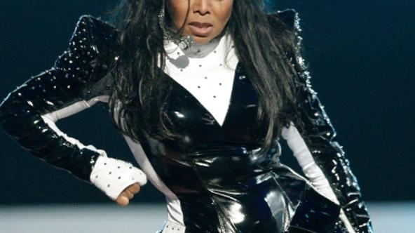 'Singer Janet Jackson performs during the 2009 MTV Video Music Awards at Radio City Music Hall on September 13, 2009 in New York City.   Christopher Polk/Getty Images/AFP'