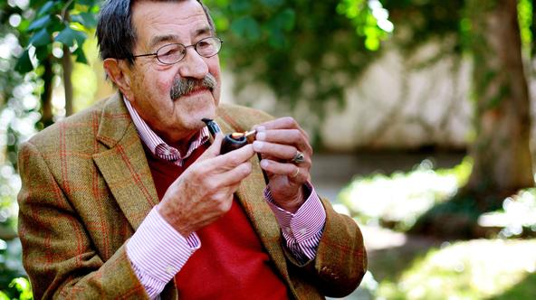 German author Gunter Grass speaks to the Times in the city of Dresden in between campaigning for the Social Democrat party ahead of the upcoming elections Copyright: The Times. Photo: NI Syndication/PIXSELLPhoto: NI Syndication/PIXSELL
