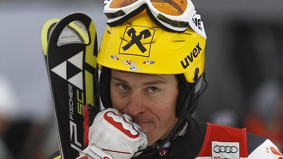 'Croatia\'s Ivica Kostelic reacts in the finish area during the men\'s Alpine Skiing World Cup slalom race in Kitzbuehel January 22, 2012.     REUTERS/Leonhard Foeger (AUSTRIA - Tags: SPORT SKIING)'