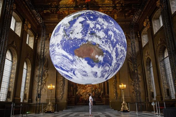 Giant replica of Earth in the Painted Hall