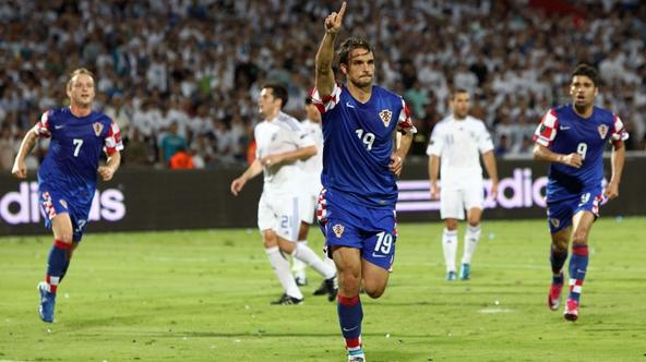 \'Croatia\'s midfielder Niko Kranjcar (C) celebrates his goal againts Israelu0092s at the Ramat Gan Stadium near Tel Aviv on October 09, 2010 during their Euro 2012 qualifying group F football match.