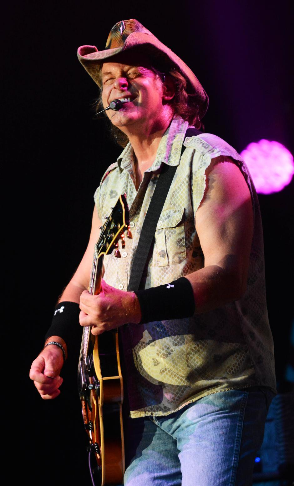 Ted Nugent performs at the Paramount Theater | Autor : PS3/WENN/PIXSELL/WENN/PIXSELL.