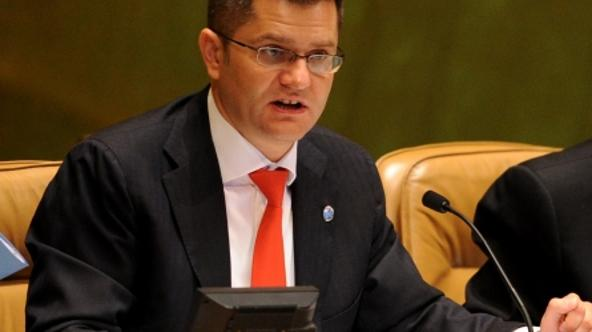 '(120924) -- NEW YORK, Sept. 24, 2012 () -- President of 67th Session of UN General Assembly Vuk Jeremic addresses the High-level Meeting on the Rule of Law at the National and International Levels at