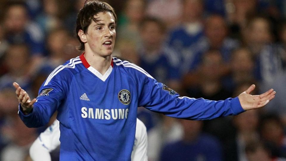 'Chelsea\'s Fernando Torres gestures during their English Premier League soccer match against Birmingham City at Stamford Bridge in London, April 20, 2011.   REUTERS/Eddie Keogh   (BRITAIN - Tags: SPO