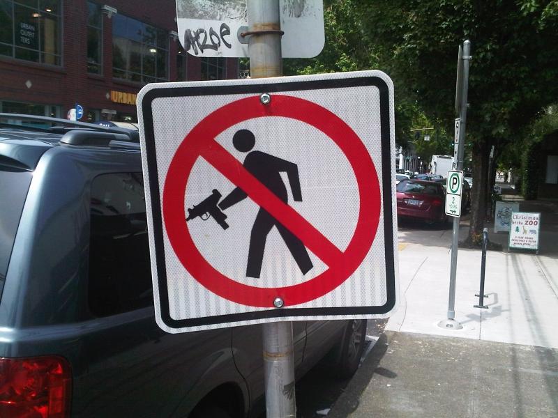 Galerija: FOTO Neobicni prometni znakovi: Pijanac na cesti ...